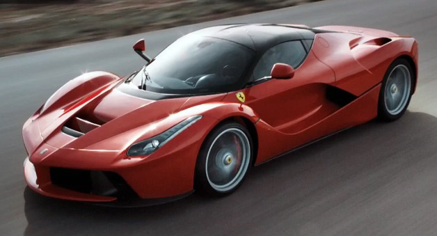 laferrari-driving
