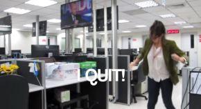 Rapariga Despede-se do Trabalho com VídeoViral